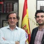 Néstor Prieto con Julio Martinez Mesanza, director del Instituto Cervantes en Tel Aviv